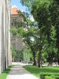Άποψη της ιστορικής πόλης Πράγα, των συμπαθητικών παλαιών ορόσημων και των κτηρίων, των στεγών και των πύργων Czech παπάδων, Ευρώ στοκ εικόνα με δικαίωμα ελεύθερης χρήσης