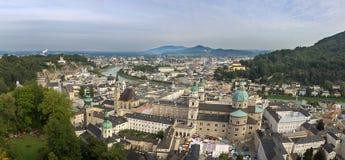 Άποψη της ιστορικής πόλης του Σάλτζμπουργκ, έδαφος Salzburger Στοκ Εικόνες