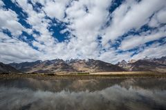 Άποψη της κοιλάδας Zanskar Στοκ φωτογραφίες με δικαίωμα ελεύθερης χρήσης
