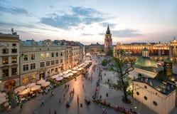Άποψη της Κρακοβίας, Πολωνία στο ηλιοβασίλεμα στοκ εικόνες