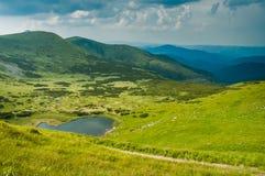 Άποψη της λίμνης Nesamovyte στοκ εικόνες