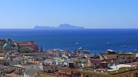 Άποψη της Νάπολης και του νησιού Capri Στοκ Εικόνες
