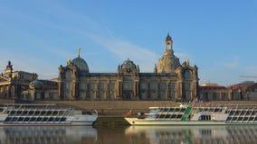 Άποψη της οικοδόμησης της ακαδημίας των τεχνών τον Απρίλιο Δρέσδη Γερμανία φιλμ μικρού μήκους