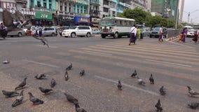 Άποψη της οδού σε Yangon, το Μιανμάρ απόθεμα βίντεο