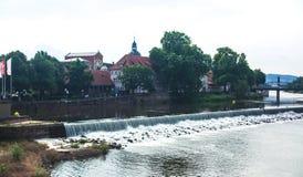 Άποψη της παλαιάς πόλης Hameln με τα τετραγωνικά και παραδοσιακά γερμανικά σπίτια αγοράς, χαμηλότερη Σαξωνία, Γερμανία Στοκ Φωτογραφία