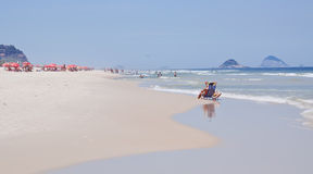 Άποψη της παραλίας Barra DA Tijuca στο Ρίο ντε Τζανέιρο στοκ φωτογραφίες