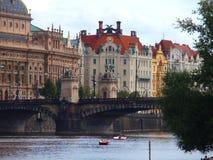 Άποψη της Πράγας, του ποταμού και της γέφυρας, Πράγα, Δημοκρατία της Τσεχίας στοκ εικόνες