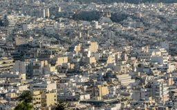 Άποψη της πόλης της Αθήνας από το υποστήριγμα Lycabettus που παρουσιάζει άσπρη αρχιτεκτονική κτηρίων, Ελλάδα στοκ φωτογραφίες με δικαίωμα ελεύθερης χρήσης