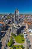 Άποψη της πόλης και της εκκλησίας του Άγιου Βασίλη Στοκ φωτογραφία με δικαίωμα ελεύθερης χρήσης