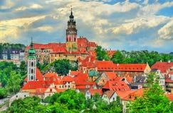 Άποψη της πόλης Cesky Krumlov, μια περιοχή κληρονομιάς της ΟΥΝΕΣΚΟ στη Δημοκρατία της Τσεχίας Στοκ εικόνα με δικαίωμα ελεύθερης χρήσης