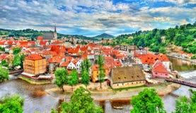 Άποψη της πόλης Cesky Krumlov, μια περιοχή κληρονομιάς της ΟΥΝΕΣΚΟ στη Δημοκρατία της Τσεχίας Στοκ εικόνες με δικαίωμα ελεύθερης χρήσης