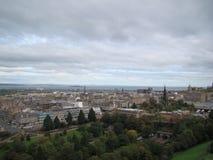 Άποψη της πόλης του Εδιμβούργου από το κάστρο του Εδιμβούργου στοκ φωτογραφίες