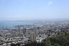 Άποψη της πόλης & του λιμένα της Χάιφα από το υποστήριγμα Carmel Στοκ Εικόνες