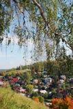 Άποψη της πόλης Ples, της Ρωσίας, και του ποταμού του Βόλγα μπλε μακρύς ουρανός σκιών φύσης φθινοπώρου Στοκ φωτογραφίες με δικαίωμα ελεύθερης χρήσης
