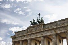 Άποψη της πύλης Brandenburger από τη διαφορετική γωνία στο Βερολίνο Στοκ Εικόνες