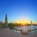 Άποψη της πλατείας της Ισπανίας (Plaza de Espana) στο ηλιοβασίλεμα, ορόσημο στο ύφος αναγέννησης αναγέννησης, Σεβίλη, Ισπανία Στοκ εικόνες με δικαίωμα ελεύθερης χρήσης