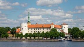 Άποψη της Ρήγας Castle - η κατοικία του Προέδρου της παλαιάς πόλης της Λετονίας, χρόνος-σφάλμα της Ρήγας, Λετονία φιλμ μικρού μήκους