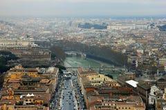 Άποψη της Ρώμης από το θόλο της βασιλικής του ST Peter Στοκ Φωτογραφίες