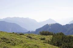 Άποψη της σειράς βουνών Rofan στοκ εικόνα
