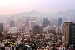 Άποψη της στο κέντρο της πόλης Σεούλ στο susnet στοκ φωτογραφία