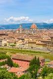 Άποψη της Φλωρεντίας από Piazzale Michelangelo - ποταμός Arno και Duomo Σάντα Μαρία Del Fiore και Bargello - Τοσκάνη, Ιταλία στοκ φωτογραφίες