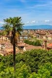 Άποψη της Φλωρεντίας από Piazzale Michelangelo - ποταμός Arno με Ponte Vecchio και Palazzo Vecchio - την Τοσκάνη, Ιταλία στοκ φωτογραφία με δικαίωμα ελεύθερης χρήσης