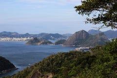 Άποψη της φραντζόλας ζάχαρης και του κόλπου Guanabara Στοκ Φωτογραφία