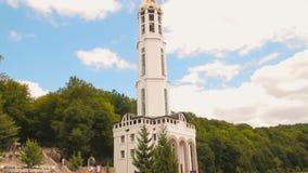 Άποψη της όμορφης εκκλησίας απόθεμα βίντεο