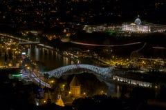 Άποψη τη νύχτα Tbilisi Στοκ εικόνα με δικαίωμα ελεύθερης χρήσης