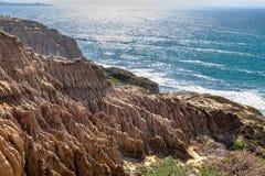 Άποψη τοπίων και παραλιών από την κρατική επιφύλαξη πεύκων Torrey και παραλία στο Σαν Ντιέγκο, Καλιφόρνια στοκ φωτογραφίες με δικαίωμα ελεύθερης χρήσης