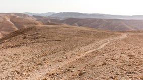 Άποψη τοπίων κοιλάδων ιχνών βουνών ερήμων, φύση του Ισραήλ Στοκ φωτογραφία με δικαίωμα ελεύθερης χρήσης