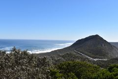 Άποψη του ακρωτηρίου της καλής ελπίδας από το σημείο ακρωτηρίων στο Καίηπ Τάουν στο γύρο χερσονήσων ακρωτηρίων στη Νότια Αφρική Στοκ Εικόνες