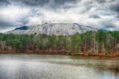 Άποψη του βουνού πετρών κοντά στην Ατλάντα Γεωργία ΗΠΑ στοκ εικόνες με δικαίωμα ελεύθερης χρήσης
