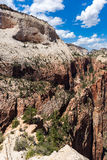 Άποψη του εθνικού πάρκου Zion από την κορυφή Angel's που προσγειώνεται, Γιούτα, ΗΠΑ Στοκ φωτογραφίες με δικαίωμα ελεύθερης χρήσης
