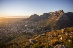 Άποψη του επιτραπέζιου βουνού Καίηπτάουν Νότια Αφρική στοκ εικόνες