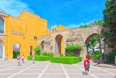 Άποψη του εσωτερικού patio Patio de Λα Monteria του βασιλικού Alcazar στοκ εικόνα