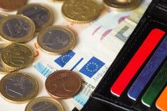 Άποψη του ευρωπαϊκού κάρρου χρημάτων και πίστωσης του πορτοφολιού/του ευρώ Στοκ φωτογραφία με δικαίωμα ελεύθερης χρήσης
