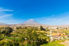 Άποψη του ηφαιστείου της Misty σε Arequipa, Περού, Νότια Αμερική Στοκ Φωτογραφία