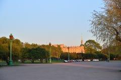 Άποψη του κάστρου εφαρμοσμένης μηχανικής Mikhailovsky από το Champ de Στοκ Φωτογραφία