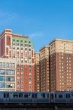 Άποψη του κέντρου Σικάγο και των ουρανοξυστών στο στο κέντρο της πόλης Σικάγο, Ιλλινόις, ΗΠΑ στοκ φωτογραφία με δικαίωμα ελεύθερης χρήσης
