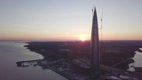 Άποψη του κέντρου lakhta στην Άγιος-Πετρούπολη από το copter απόθεμα βίντεο
