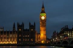 Άποψη του Λονδίνου νύχτας Στοκ Εικόνα