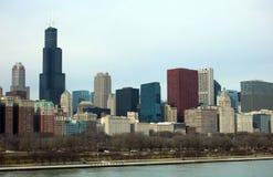 Άποψη του Μίτσιγκαν κτηρίων και λιμνών οριζόντων του Σικάγου από την ακτή Στοκ Εικόνες