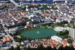 Άποψη του Μπέργκεν Σκανδιναβία άνωθεν Στοκ Εικόνα