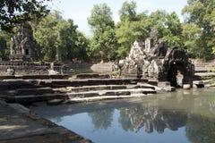 Άποψη του ναού Preah Neak Poan νησιών σύνθετο Στοκ Εικόνες