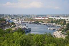Άποψη του νότιου Μπαίυ Σίτυ της ημέρας της Σεβαστούπολης Ιούλιος Κριμαία Στοκ Εικόνες