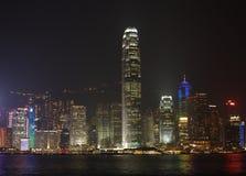 Άποψη του ορίζοντα κορνάρισμα-Kong τη νύχτα στοκ εικόνες