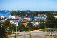 Άποψη του παλαιού τετραγώνου αγοράς κωμοπόλεων πόλεων του $ροστόκ με το Δημαρχείο, ιστορικό κέντρο, Γερμανία Στοκ φωτογραφία με δικαίωμα ελεύθερης χρήσης