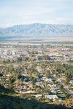 Άποψη του Παλμ Σπρινγκς από το ίχνος πεζοπορίας Araby, στο Παλμ Σπρινγκς, Καλιφόρνια στοκ εικόνες με δικαίωμα ελεύθερης χρήσης