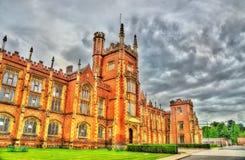 Άποψη του πανεπιστημίου της βασίλισσας σε Belfas στοκ εικόνες με δικαίωμα ελεύθερης χρήσης